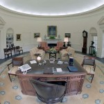 French journalist and RedLine client Laura Haim covers the Oval Office for French news outlet Canal+.